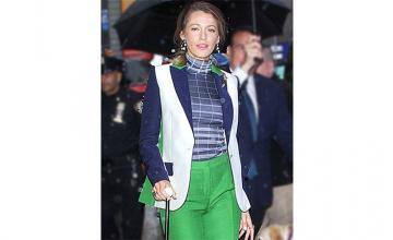 Blake Lively's favorite new accessory? A cane!