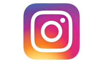 Super Zoom to Instagram