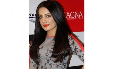 Celina Jaitly to return to Bollywood after 7 years