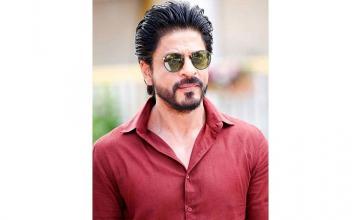 Digital no threat to cinema, says Shahrukh