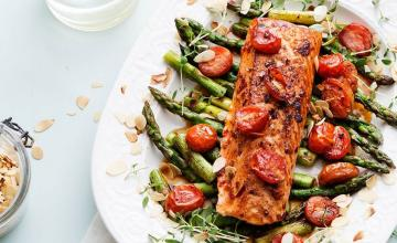 Keto fish with oven-baked veggies