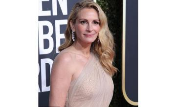 JULIA ROBERTS USED $770 WORTH OF PRODUCTS FOR GOLDEN GLOBES RED CARPET