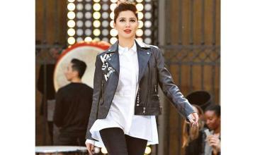 Mahira Khan rocks the ramp at the Paris Fashion Week