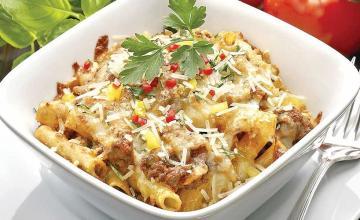 Cheesy Beef & Macaroni Casserole