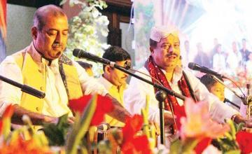 Farid Ayaz and Abu Muhammad win hearts with their soulful qawwali