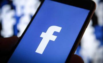 Facebook now allows you to transfer pictures to Google Photos