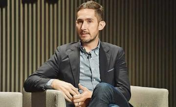 Instagram's cofounder flew all the way to Rome to set up the Pope's account