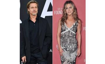 Jennifer Aniston's holiday party was attended by ex-husband Brad Pitt