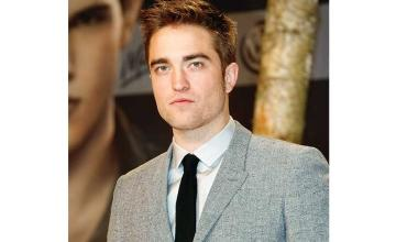 Robert Pattinson expresses doubts over his own acting skills
