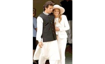"""Jemima Goldsmith to Meghan Markle, """"I know what it's like to marry a national hero from another country."""""""