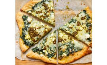 Cheesy Spinach Pesto Flatbread
