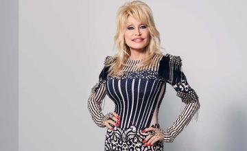 Dolly Parton donated one million USD to support COVID-19 research
