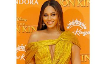 Beyoncé's makeup artist breaks down his beauty tips for video chats