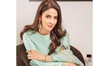 Saba Qamar raises mental health awareness via powerful video