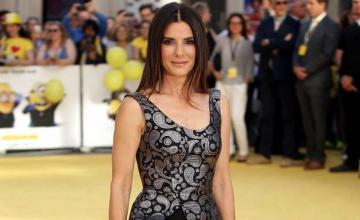 Sandra Bullock celebrates a socially distant birthday with her close friends
