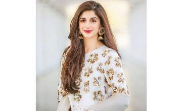 Mawra Hocane opens up on getting an overwhelming response for Sabaat