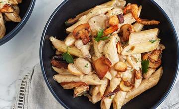 Garlicky Mushroom Penne