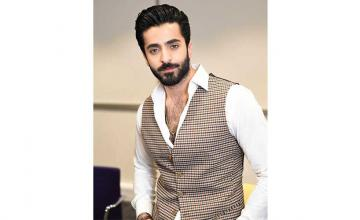 Sheheryar Munawar recently shared his journey to recovery after getting into an accident