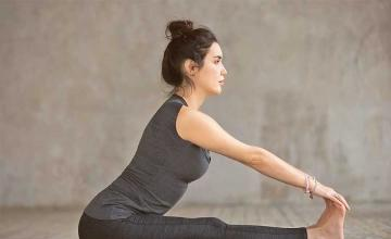 Yoga flow for a happy, calm mind
