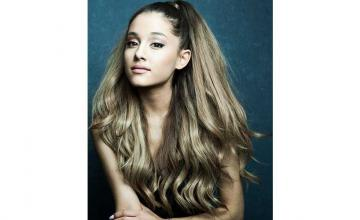 Recreate the look: Ariana Grande's classic high ponytail