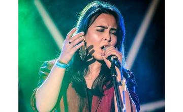 Natasha Baig's 'Sitam' is just the song you need for your most recent heartbreak