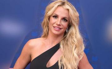 Britney Spears and the Backstreet Boys create magic with 'Matches'