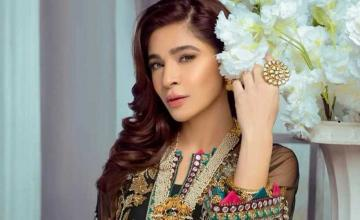 Ayesha Omar turns entrepreneur with her new beauty line launching on Women's Day