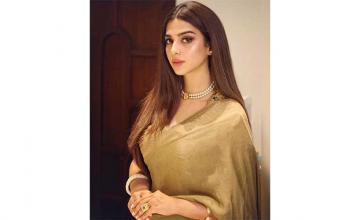 Sonya Hussyn announces her next drama serial named Mor Moharaan