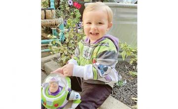 Airline employee goes extra mile to reunite toddler with Buzz Lightyear toy