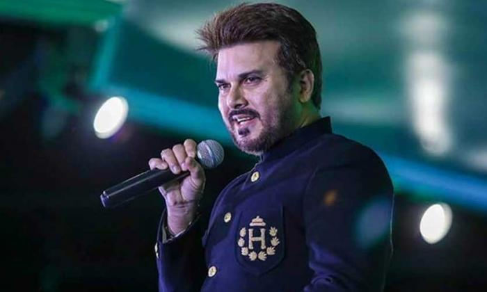 Ali Haider turns to hosting after a long hiatus