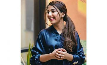 Ushna Shah is all geared up for a new project with 'Bashar Momin's' director