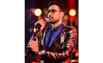 Ali Sethi releases his new single, Yakjehti Mein, to support Palestine