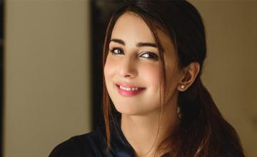 Ushna Shah tests positive for Covid-19