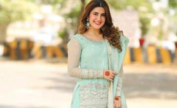 60 SECONDS WITH KUBRA KHAN