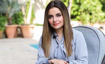 Armeena Khan joins the YouTube bandwagon with her own channel