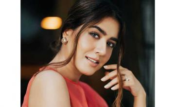 Mansha Pasha's on a journey to recover from an 'extreme illness'