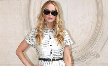 Jennifer Lawrence flaunts her pregnancy style casual chic in a new appearance