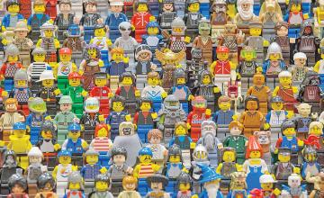 LEGO vows to eliminate gender bias and stereotypes by removing 'for girls' and 'for boys' labels